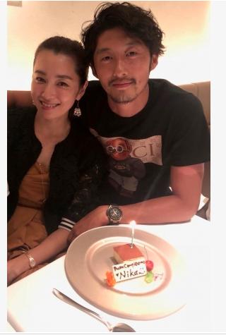 仁香、16歳年下彼氏の柴田翔平からプロポーズされる!そして結婚へ!
