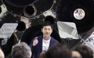 前澤友作社長、剛力彩芽と月旅行へ